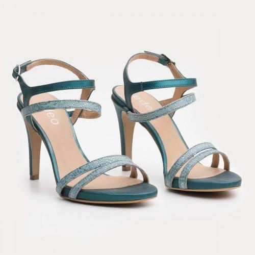Turkusowe sandały na szpilce