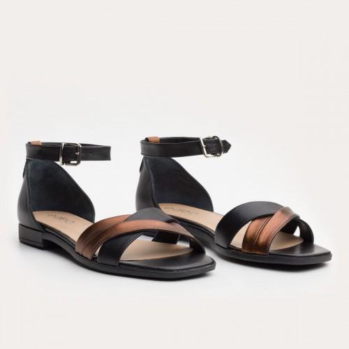 Czarno miedziane sandały z paskiem