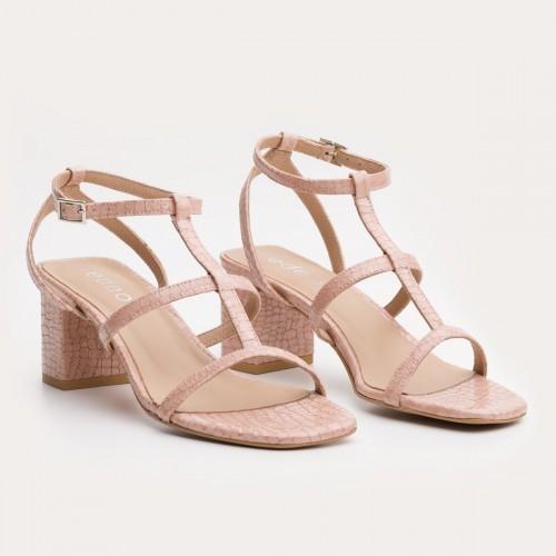 Różowy sandał na klocku