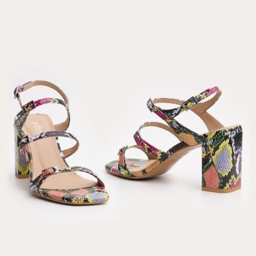 Multi-kolorowe sandały na obcasie