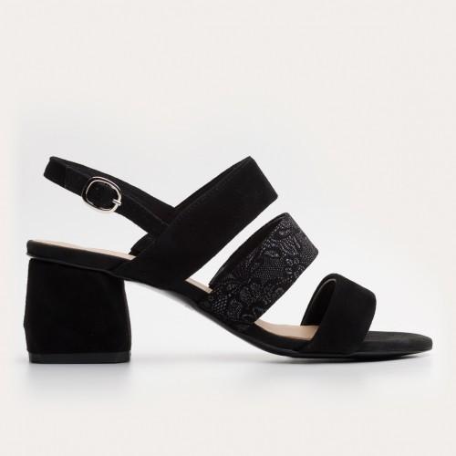Czarne zamszowe sandały na klocku