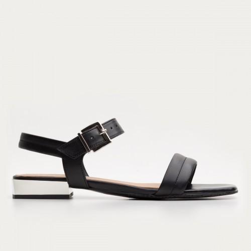 Czarne sandały na srebrnym obcasie