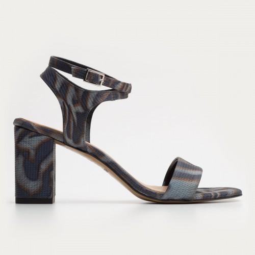 Czarno popielaty sandał w panterkę