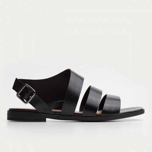 Czarne sandały ze sprzączką