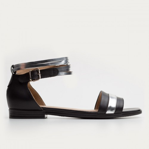 Czarno srebrne sandały z paskami