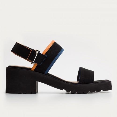 Czarne nubukowe sandały na rzepy
